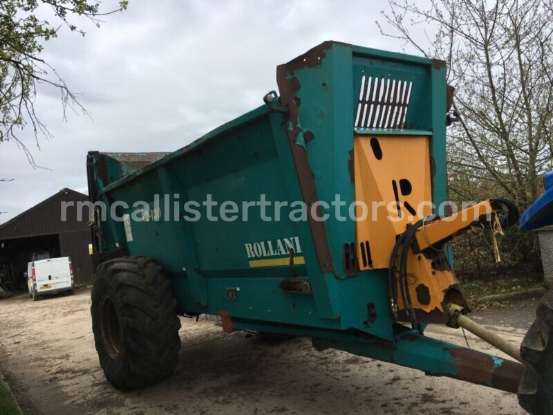 Rollant V2-130 Dung Spreader